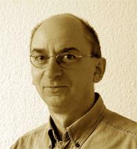 Portrait von Thomas Karow-39.png